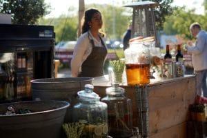 ToetToetFood verzorgt de drankcatering met eigen bar op jouw bedrijfsfeest